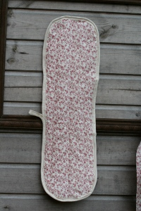 front of oven glove to match apron