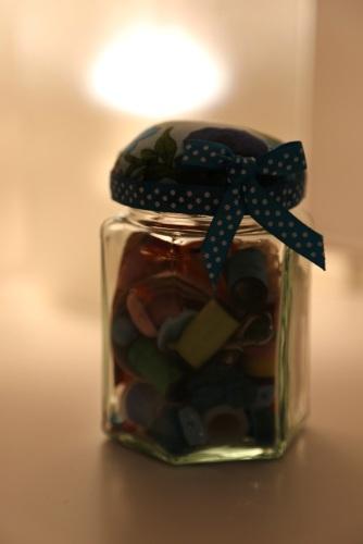 pin cushion sewing jar