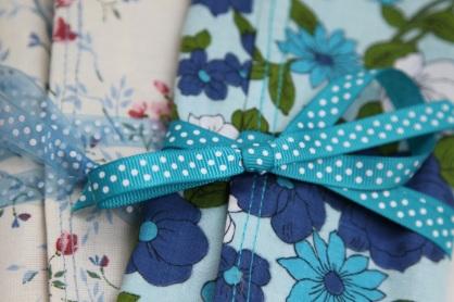 tie ribbon detail