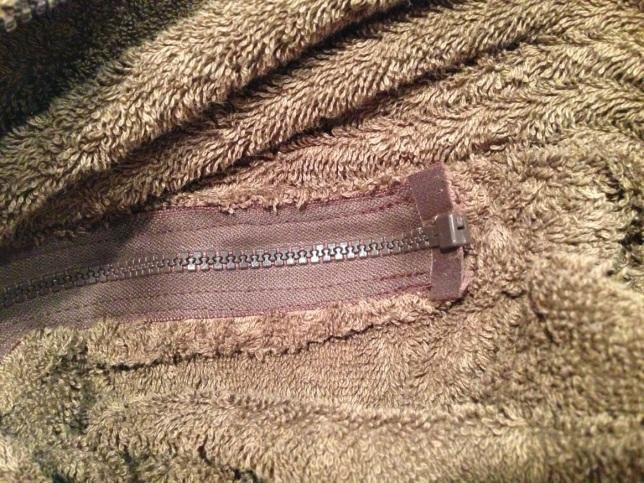 zip end sewn into bag