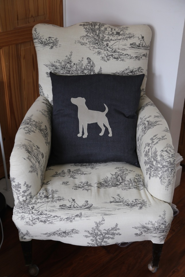JRT cushion on my sewing chair