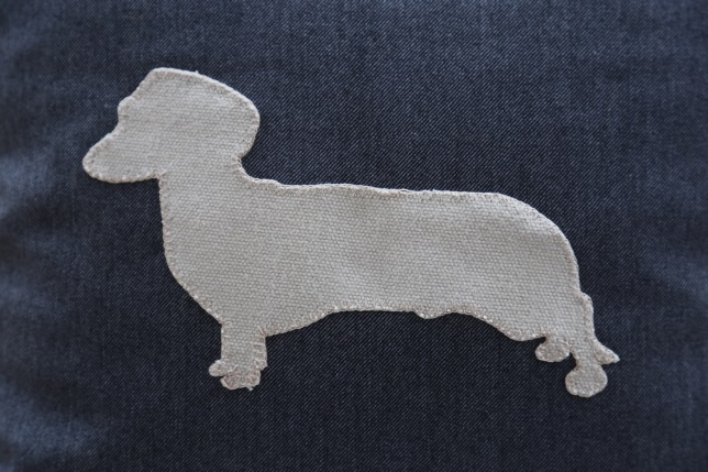 stone coloured daschund detail