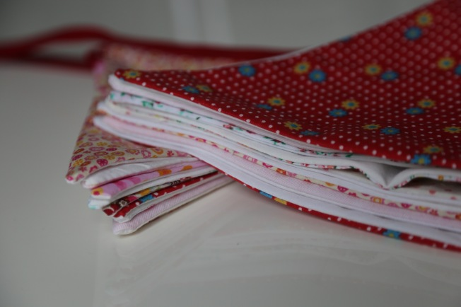 folding bunting